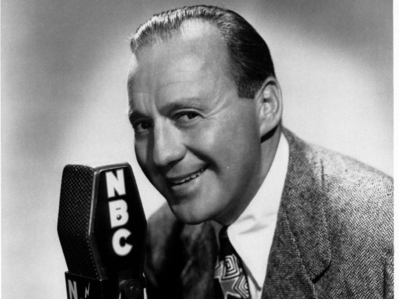 jack benny essays Her serious approach to work allowed her to be funny and accessible on the jack benny show, yet made her to be more insightful than expected when singing a song by richard strauss her superb management of her voice and appearance enabled her to sing a very effective mad scene as lucia di.